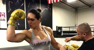 Gabi Garcia diz que aceitaria lutar contra um homem