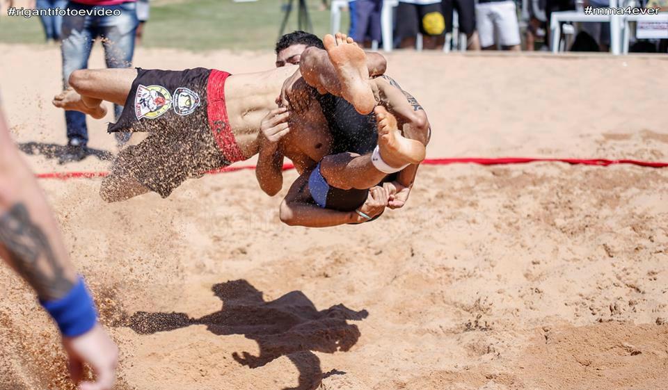 Sand Wrestling em Campinas (Foto: Riganti Foto e Video)
